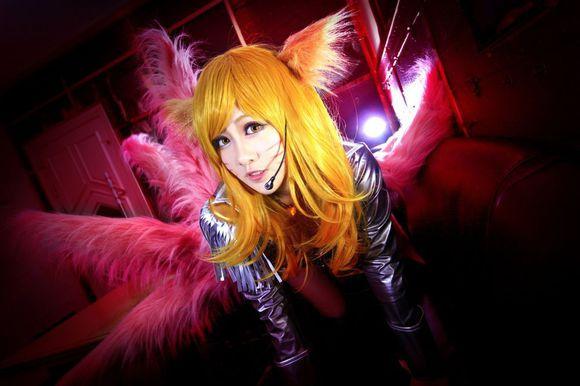 《英雄联盟》阿狸偶像歌手cosplay(13)