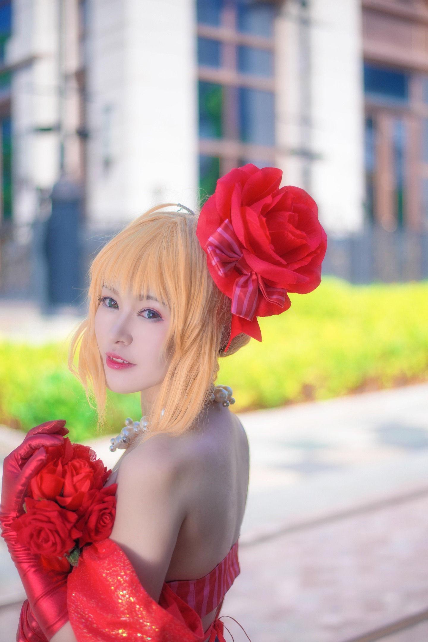 Fate/EXTRA 尼禄偶像皇帝手办ver cosplay插图(2)