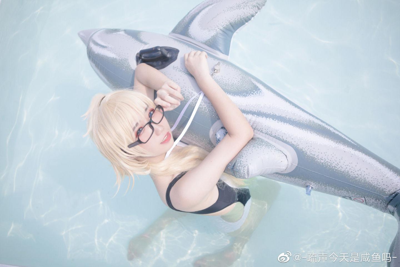 贞德cosplay还是炎天所以要泳装!插图(5)