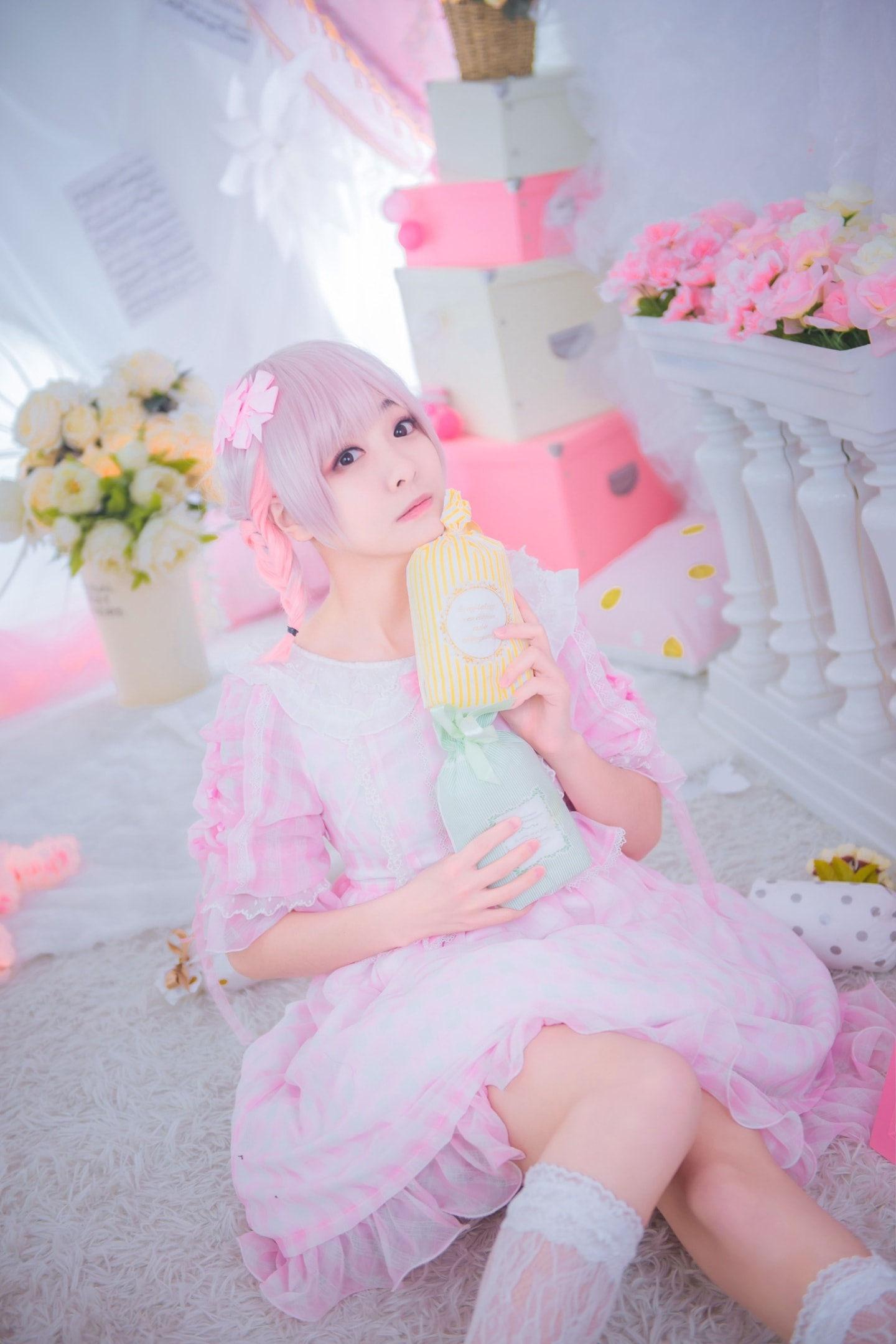 轻飘飘Lolita